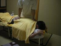 奥日光 山の宿内にて仮設往診 療法施術